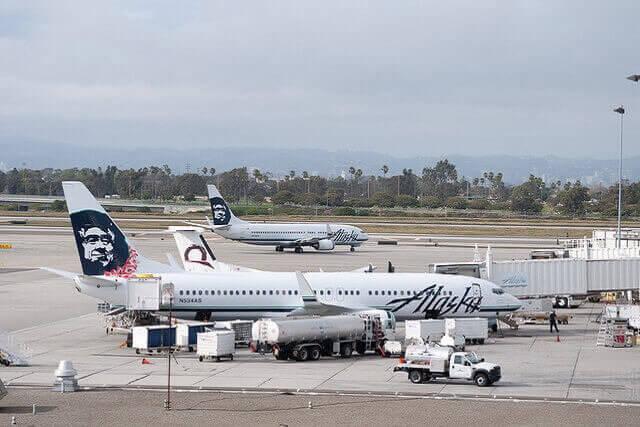 Un bagagiste s'endort dans la soute à bagages : l'avion fait demi-tour