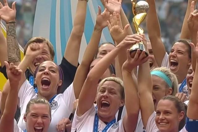 Soccer : Team USA remporte la coupe du monde à Vancouver ! 3