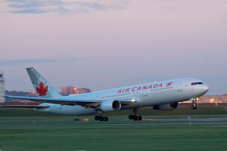 Décollage B767 futur ligne Lyon-Montréal par Air Canada
