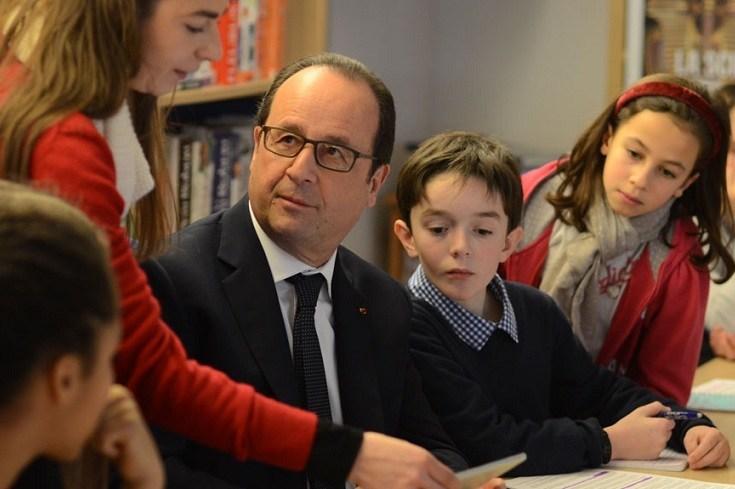 francois hollande repond a des enfants