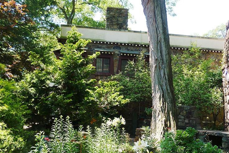 Tibetan Museum West Garden