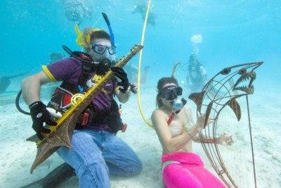 underwater music festival